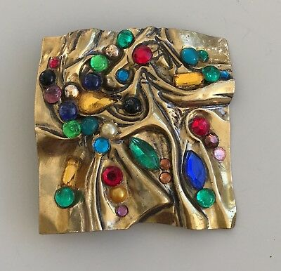 Vintage Artistic Pin/Brooch In Gold tone Metal with faux stones
