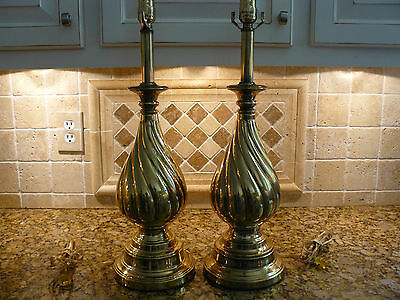 Beautiful Pair of Vintage Signed Rembrandt Brass Swirl Lamps