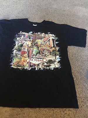 Nice men's size L Large Gildan Las Vegas NV Casino print shirt top black