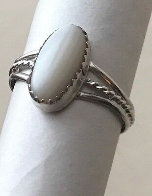 Vtg Old PAWN NAVAJO Sterling SILVER RING Mother-of-Pearl Jason Livingston Antiqu