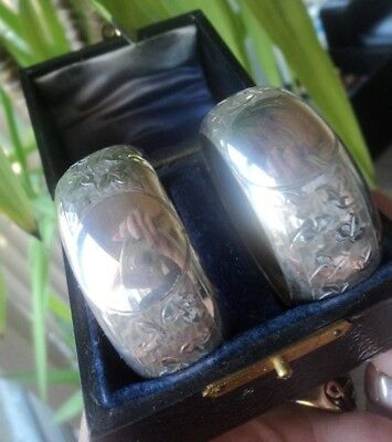Vintage PAIR of Sterling Silver Serviette / Napkin Rings Ring h/m 1913 - BOXED