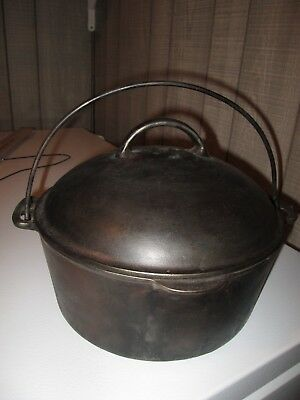 Antique Cast Iron #8 DUTCH OVEN Round Tall Lid with BAIL Normal Pitting