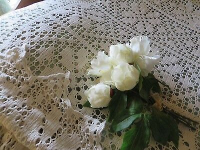 CHARMING VINTAGE FRENCH HAND WORKED LACE  BED COVER ~ .1930's / 40's