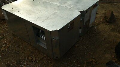 Trane 2 1/2 Ton Commercial Air-Conditioning Package Unit – New – Unused