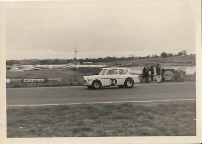 FORD 105E LOTUS ANGLIA, TERRY DRURY, 30th AUGUST 1965  PHOTOGRAPH.