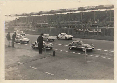THE START OF UP TO 1600 GT RACE, SILVERSTONE 2nd OCTOBER 1965, PHOTOGRAPH.