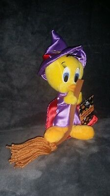 Warner Bros Tweety bird witch plush beanie