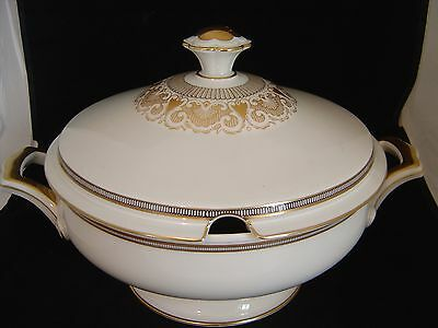 Viintage Hutschenreuther Gelb Selb Lhs Large Tureen White Gold And Black Pattern