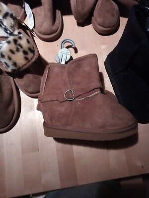25 pairs of girls boots wholesale winter mixed sizes brand new