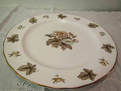 "ROYAL WORCESTER DORCHESTER BONE CHINA ROUND PLATTER: 12 1/2 ""   England made"