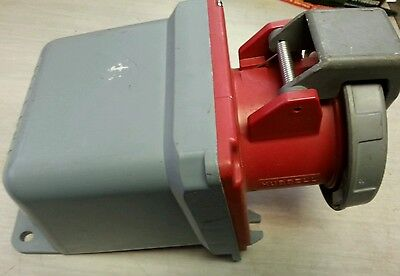 Hubbell  Receptacle w/ Base  3100R7W  100A  480V  2P  3W