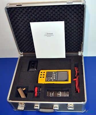 Fluke 741B Documenting Process Calibrator - NIST Calibrated with Case and extras
