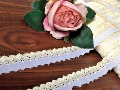 """laverslace White and Gold Floral Eyelet Broderie Anglaise Lace Trim 1""""/2.5cm"""