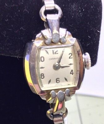 Vintage Ladies Caravelle 1960's Gold Tone Wind Up Mechanical Watch.     Working