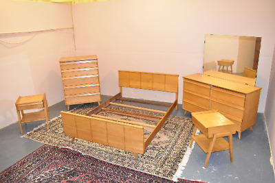 Mid Century Modern Vintage Bedroom Set by Baumritter 1950's