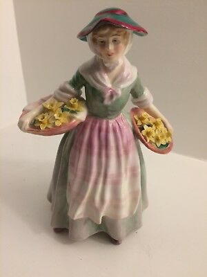 Royal Doulton Daffy Down Dilly (9 inch) WM #1712 Discontinued