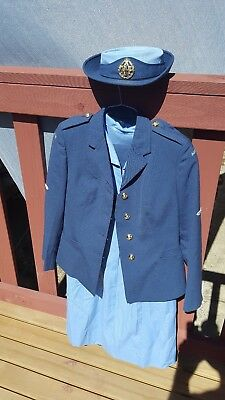 1977 complete RAAF womens uniform