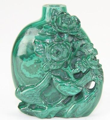 A Chinese Carved Malachite Snuff Bottle