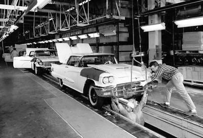 Ford Thunderbird 57 Car Assembly Line Build Vintage 4x6 Photo 1067
