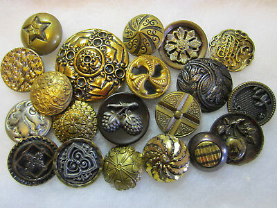 Lot Of Antique & Vintage Metal/ Brass Buttons