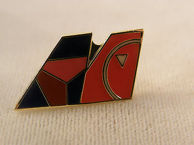 Northwest Airlines & Delta Airplane Double Tail Tack Pin Merger New Collectible