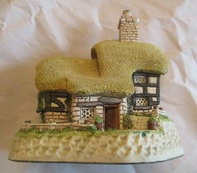 David Winter ~ 1984 ~ Blossom Cottage ~ Signed, Dated, Hand Made & Painted ~ EUC