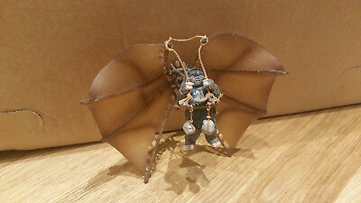 STAR WARS ROTJ - EWOK WITH ATTACK GLIDER - ASSAULT ON ENDOR 2004 - loose TOP