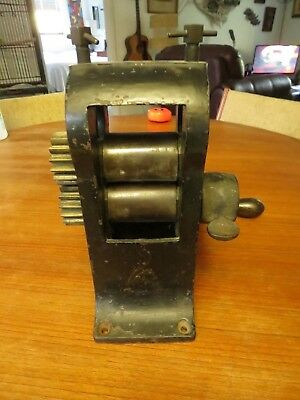 Very Heavy Cast Iron Antique STOVE PIPE ROLLER CRIMPER