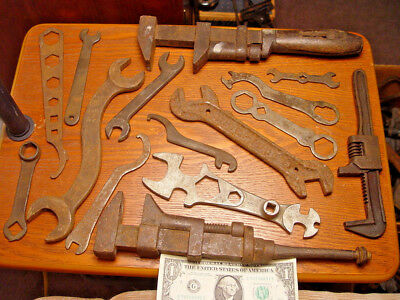 15 Pc Old Antique & Vintage Farm & Auto Shop Wrench Tools Wind Chime Craft Lot