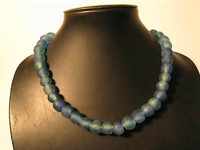 Strang Pulverglasperlen 13mm Blau Melange Recycling Powder Glass Beads Afrozip