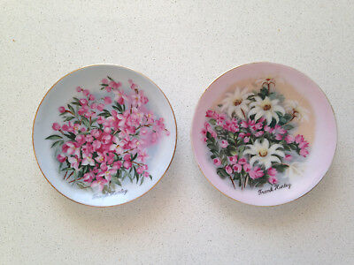 Vintage pair Australian hand painted style Pin Dishes Frank Hurley
