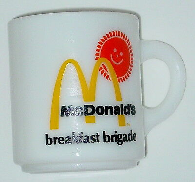 VINTAGE 1970 McDONALD'S BREAKFAST BRIGADE MILK GLASS COFFEE MUG