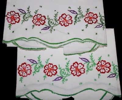 VINTAGE PAIR of Embroidered Pillowcases, Red Flowers Green Edges, 28 x 21 Nice!