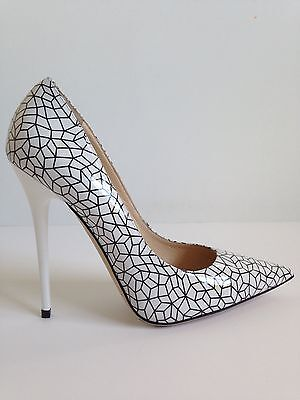 $795 Jimmy Choo White/Black Graphic Patent Leather Anouk Pumps Size 8.5US/39EUR