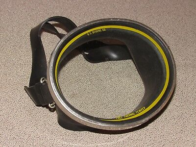 Vintage US Divers Aqua Lung Tempered Glass Diving Mask Made in the USA