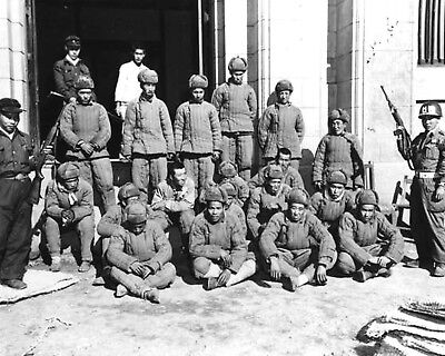 1950-Korean War-First Chinese Communists captured by the 1st ROK Corps-Hamhung