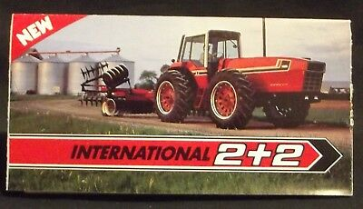 IH INTERNATIONAL HARVESTER 3588 2 + 2 Tractor brochure sales literature fold-out