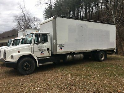 1999 Freightliner FL70 24ft box with Liftgate