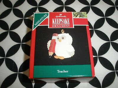 "Vintage 1990 Christmas! Miniature Hallmark Ornament, ""teacher"" ~Nib~N17"