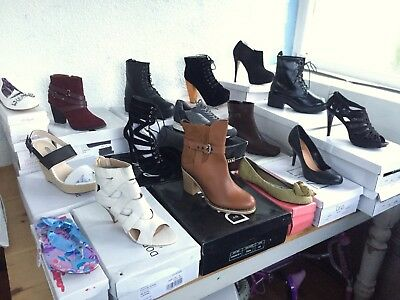 25 x Job Lot Wholesale Ladies Shoes & Boots Mix Styles & Sizes - New Shop Stock