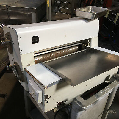 Anets MDR6C Double Pass Dough Roller - Pizza, Bakery, Countertop