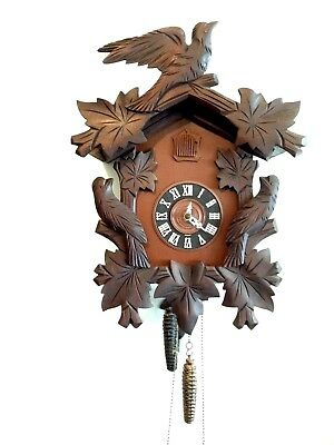 Beautiful Vintage German Black Forest 1-Day Cuckoo Clock - Excellent - Working