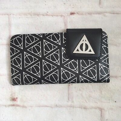 Hot Topic Harry Potter Dealthy Hallows Wallet NWT