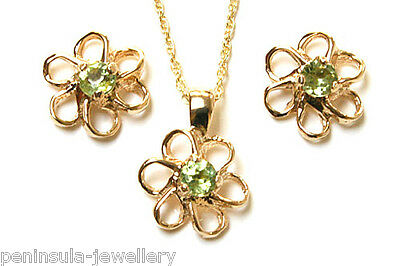 9ct Gold Peridot Daisy Pendant and Earring Set Gift Boxed Made in UK