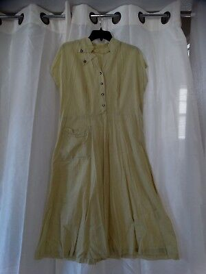 Vintage cotton 1950s fit and flare womens dress fun details GREAT cond and accen