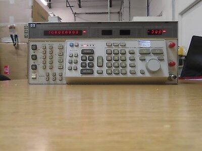 Agilent HP 8663A opt 003 Signal Generator (Unit and option 003 works properly!)