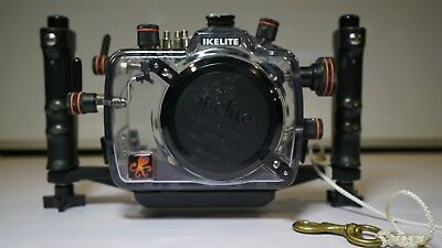 200FL Underwater TTL Housing for Canon EOS 5D DSLR Cameras Product # 6871.05