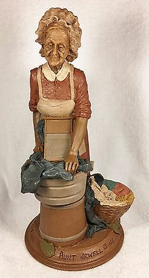 AUNT JEWELL-R 1988~Tom Clark Gnome~Cairn Item #5040~Ed #39~COA & Story Included