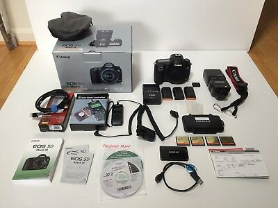 Canon EOS 5D Mark III 22.3MP Digital SLR Camera VERY LOW SHUTTER COUNT/ w EXTRAS