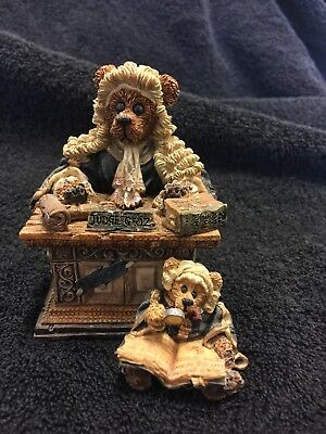 Boyds Bears and Friends  JUDGE GRIZ HISSONAH Figurine